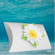 White Voyager Urn with Memorial Daisy
